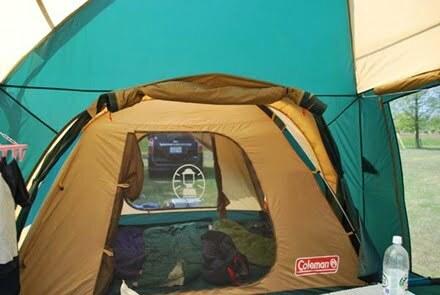 タフワイドドームテント300EXとタープの連結