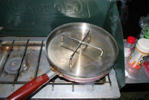 ステンレス製ダッチオーブン